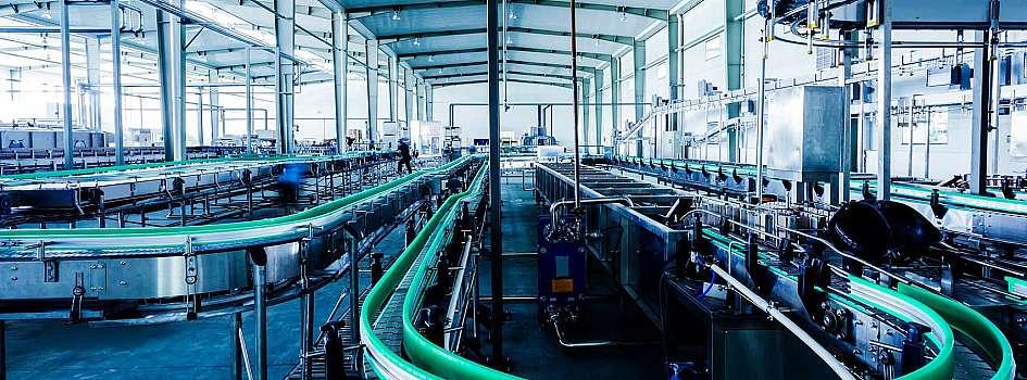 インダストリー4.0の主眼は、繋がる、スマート工場を中心としたエコシステムの構築