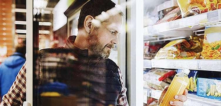 原材料から消費者の食卓まで、食品の安全性を確保する