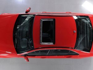 000009499248_arial-view-red-car-auto_istock_gl497x373