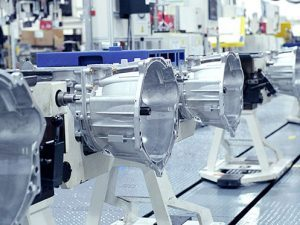 factory-auto-manufactoring-transmissions_istock_gl497x373