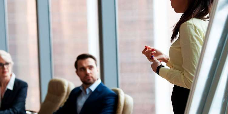 お客様のビジネスにおける新たな気づきを提供し、将来にわたって信頼されるパートナーとなる