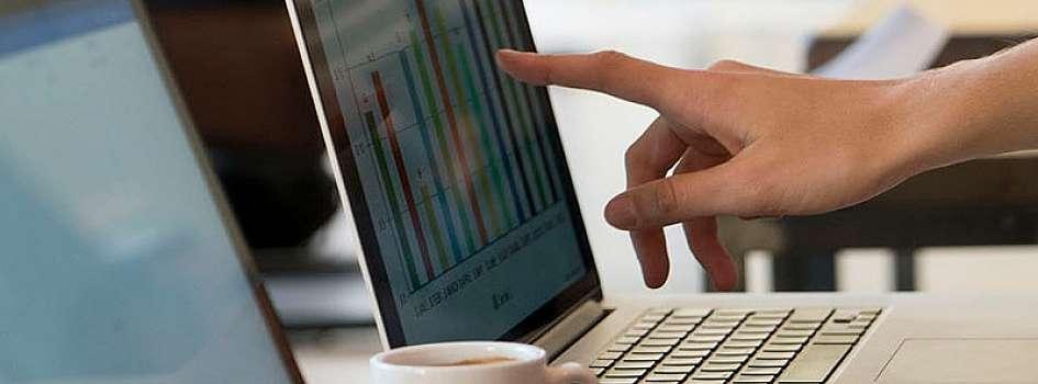 ビジネス要件を満たすアナリティクスソリューションを迅速に開発するためにはスキル、リソース、時間がかかる