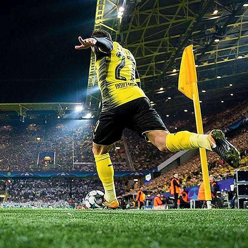 Infor sponsors Borussia Dortmund